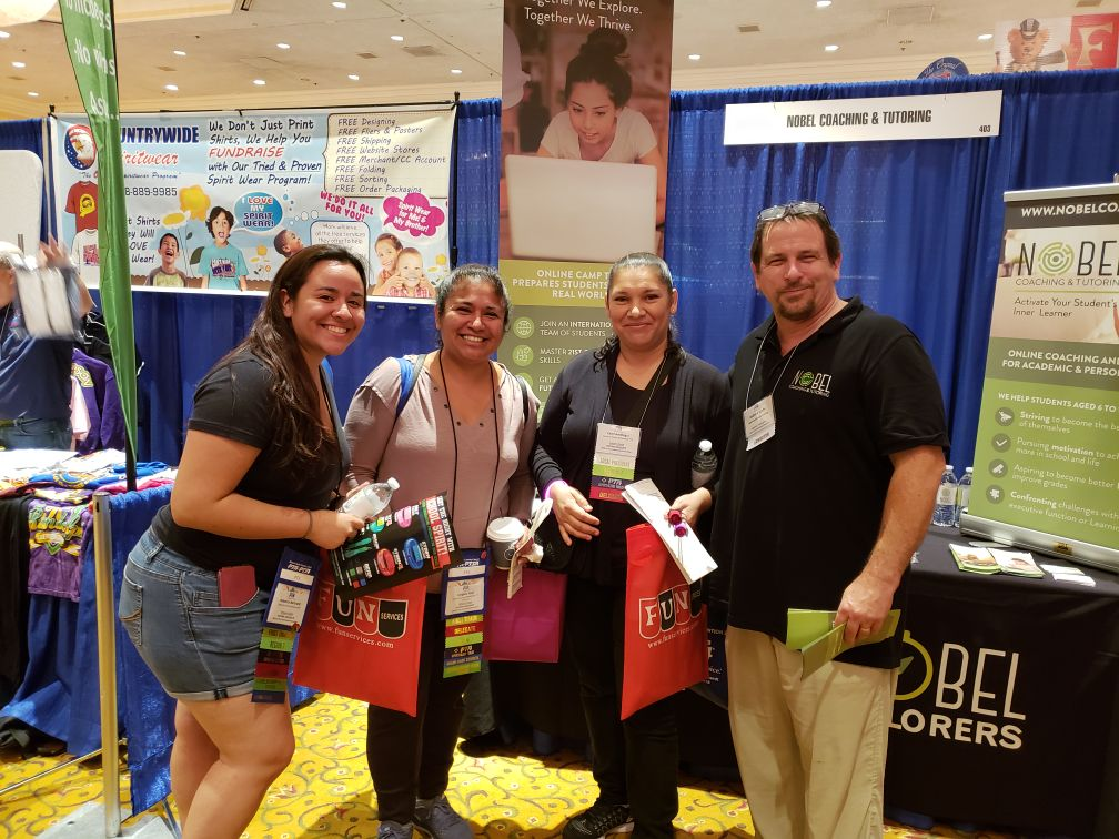 Andrew Sachs with fans at the 2018 National PTA Convention